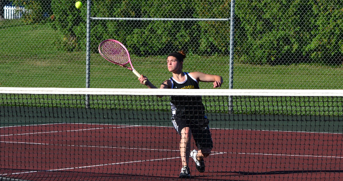 10 5WTENNISMaxineGrogan2015FeatureStory