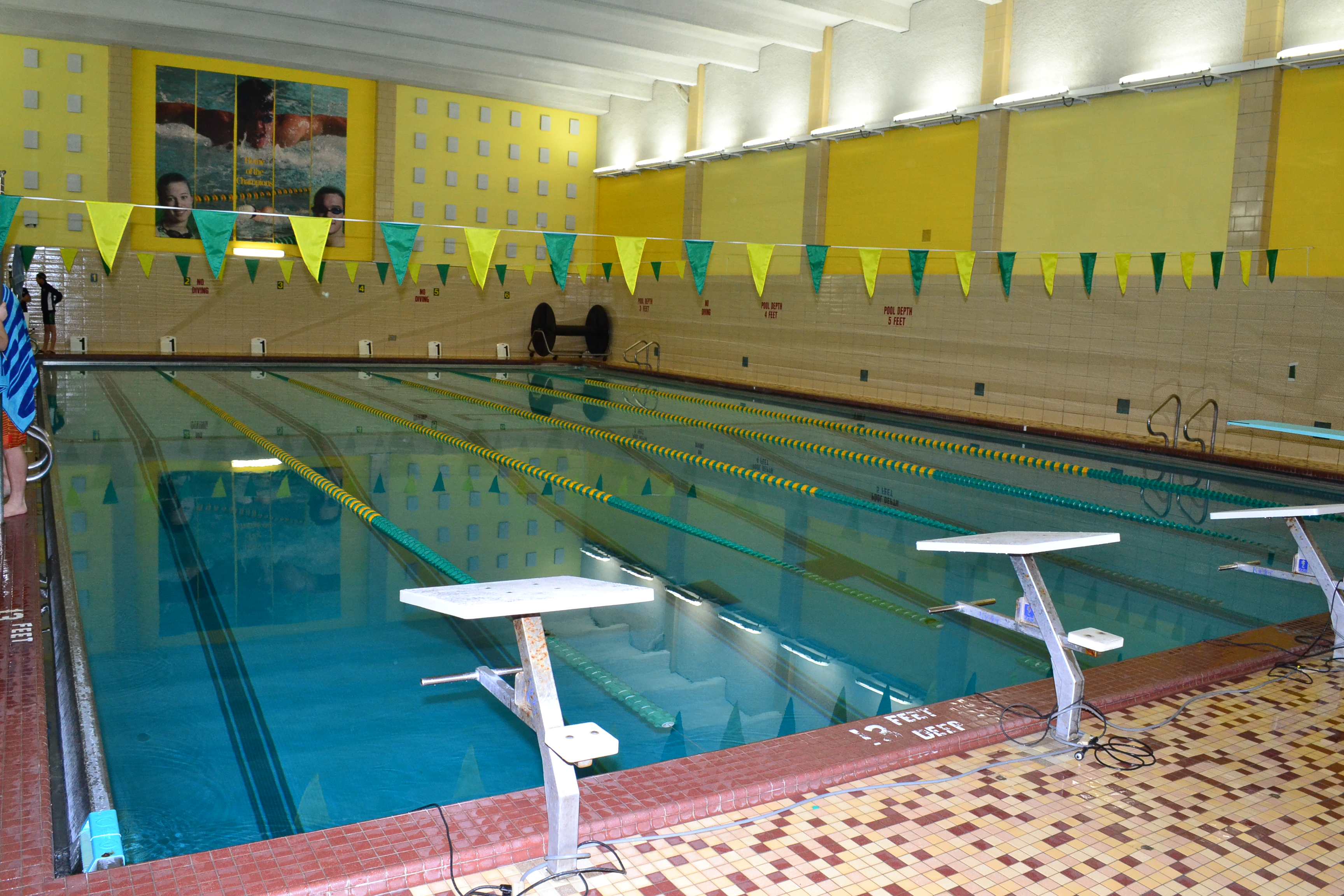 Places To Swim Diving Swimming Community Pool Herkimer College Herkimer Generals