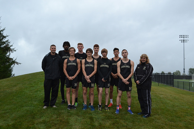 Mens x country team photo