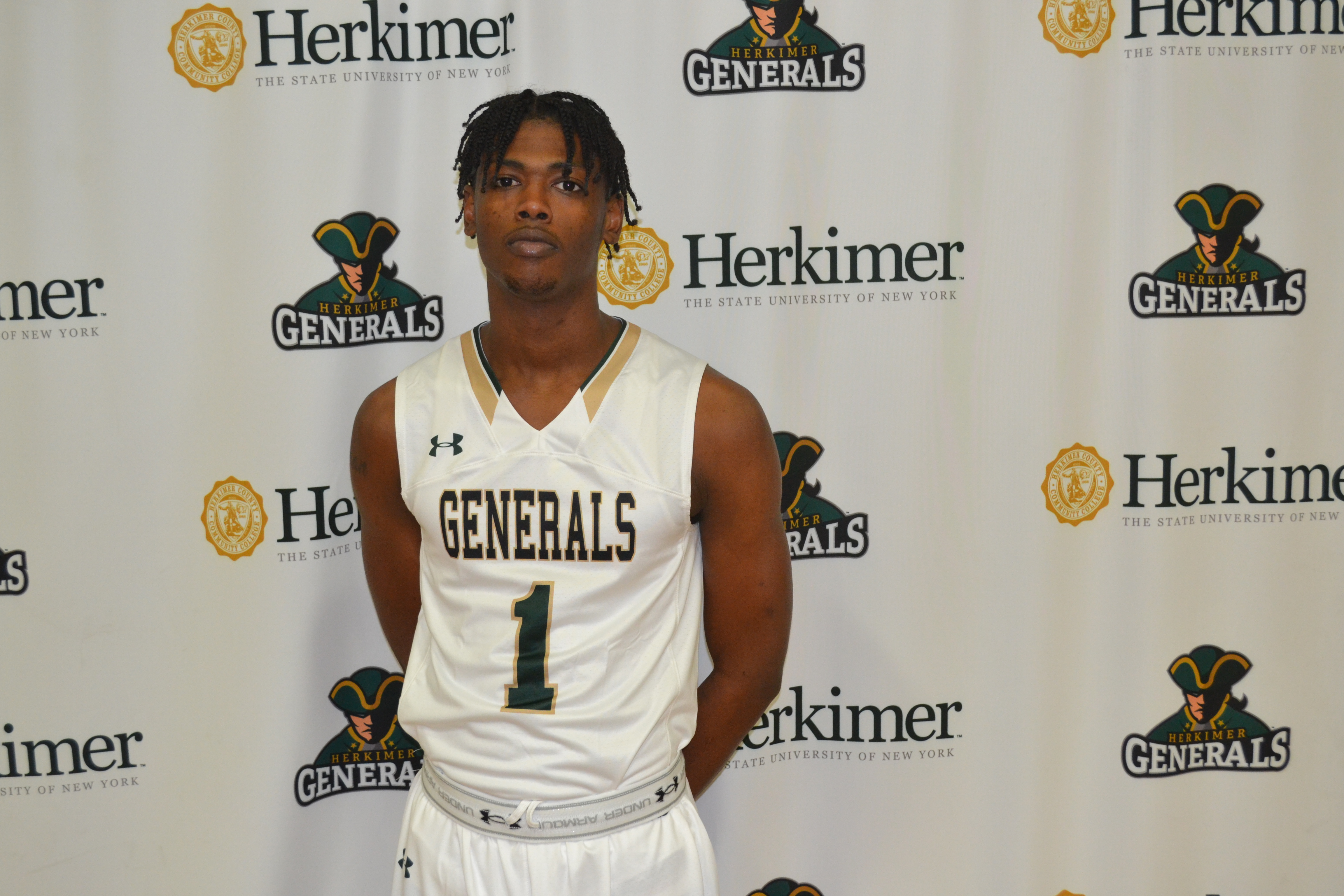 Teshaun Beckles Basketball Pic